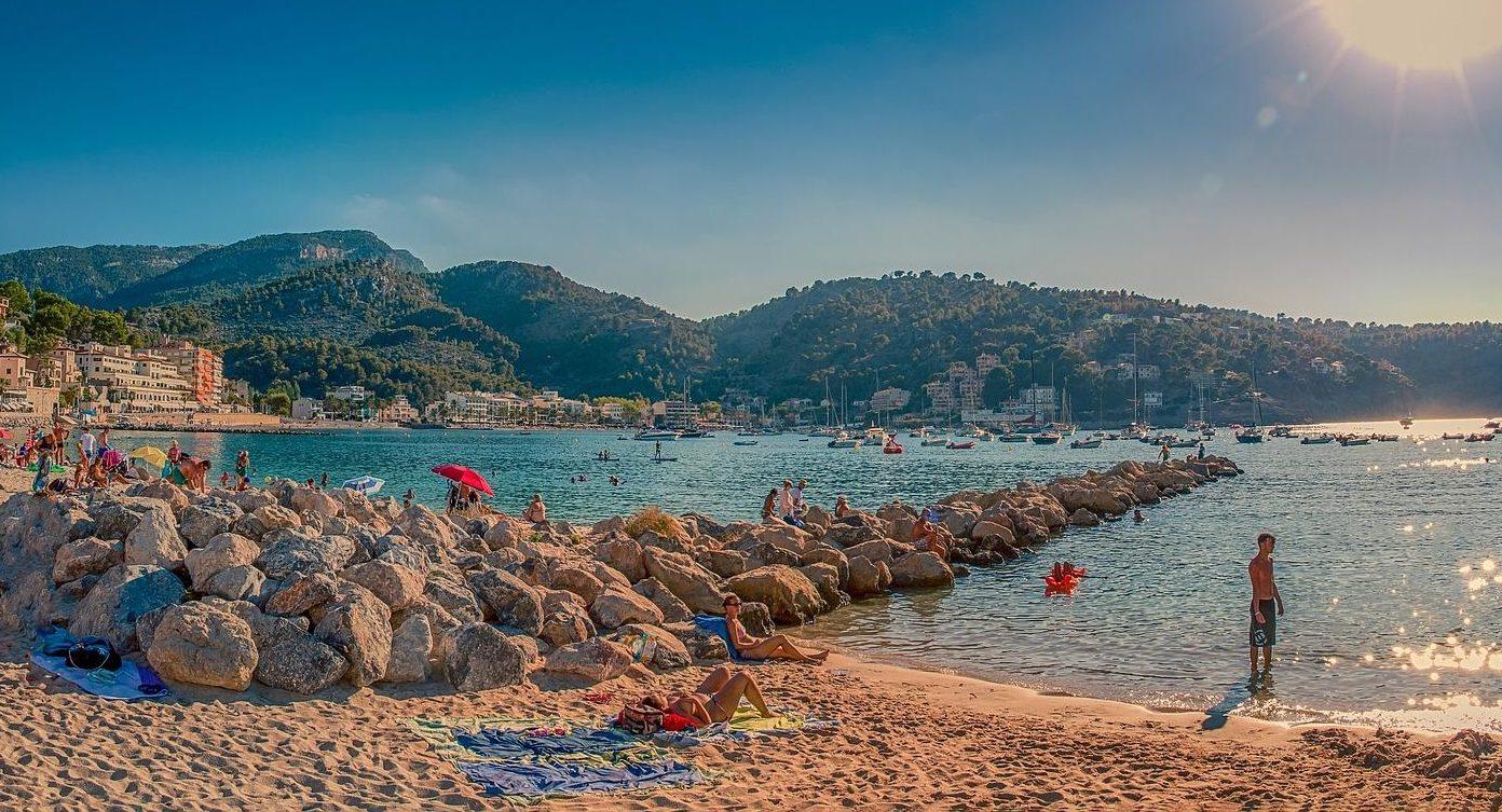 Badeurlaub Katalonien am Strand von Soller