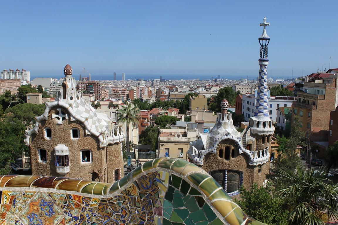 Blick vom Park Guell auf Barcelona